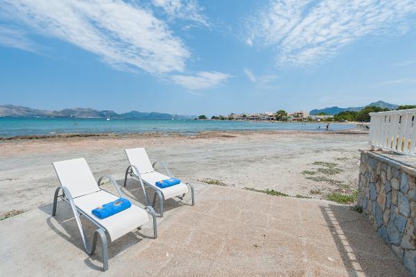 Ferienhaus Mallorca direkt am Meer, 6 Personen, Alcúdia | Ferienhaus ...