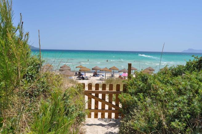 Ferienhaus direkt am Meer für 6 Personen in Muro, Mallorca ...