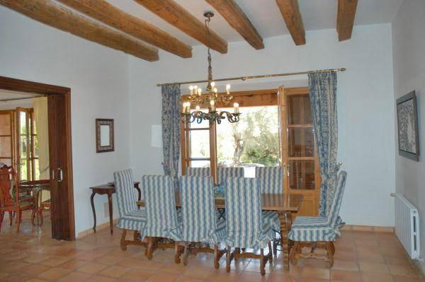 ferienhaus mallorca privat f r 10 personen in art ferienhaus mallorca. Black Bedroom Furniture Sets. Home Design Ideas